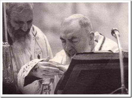 Padre_Pio76